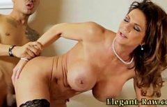 Matura Sexy Care Are Orgasm Facand Sex Cu Un Tanar